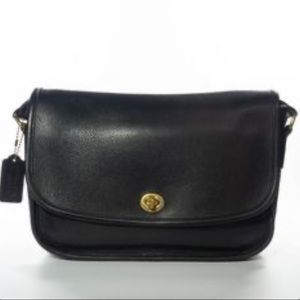 Coach Vintage City Black Leather Turn Lock Bag